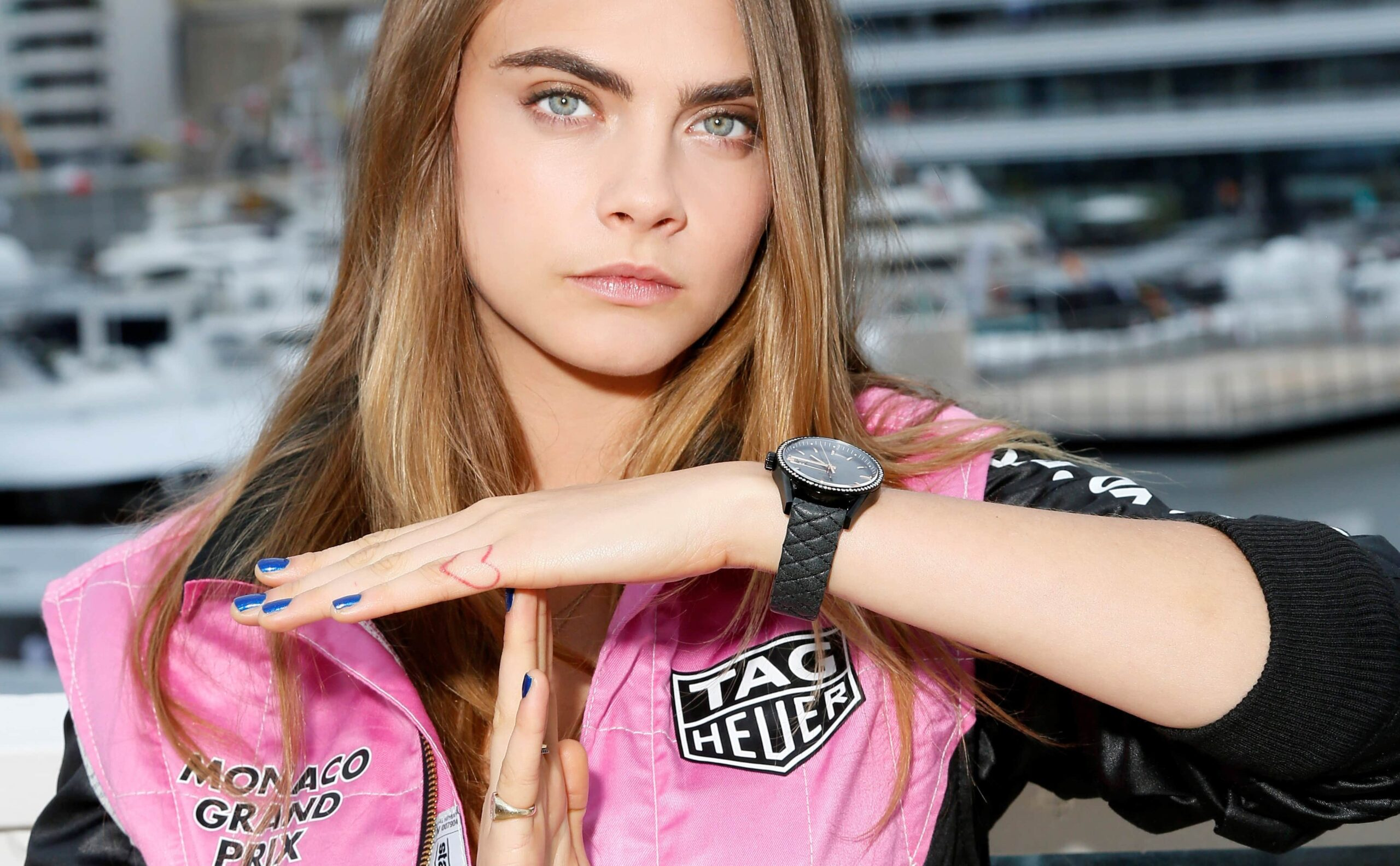 spotted-cara-delevingne-and-her-tag-heuer-carrera-in-monaco_1
